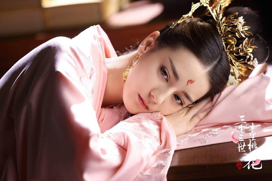 Tam sinh tam thế đã hết, màu son ngọt ngào Dương Mịch diện trong phim vẫn khiến các cô nàng xôn xao - Ảnh 11.