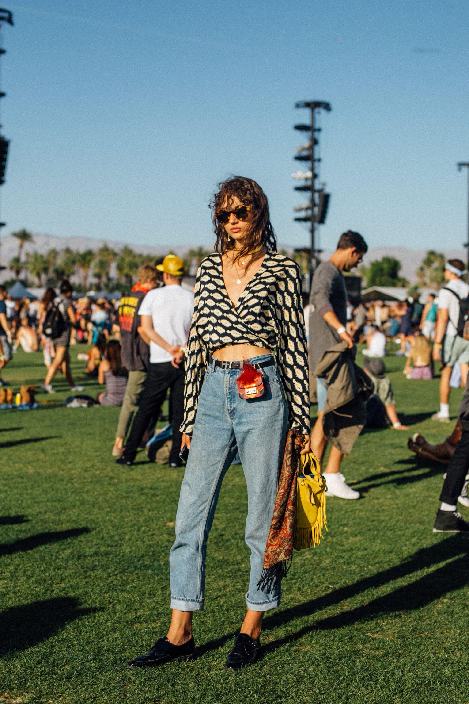 Selena Gomez và The Weeknd được Vogue chọn là cặp đôi mặc đẹp nhất Coachella 2017 - Ảnh 13.