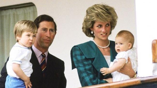 Phía sau đám cưới cổ tích là chuyện tình bi thương và cuộc đời đẫm nước mắt của Công nương Diana - Ảnh 9.