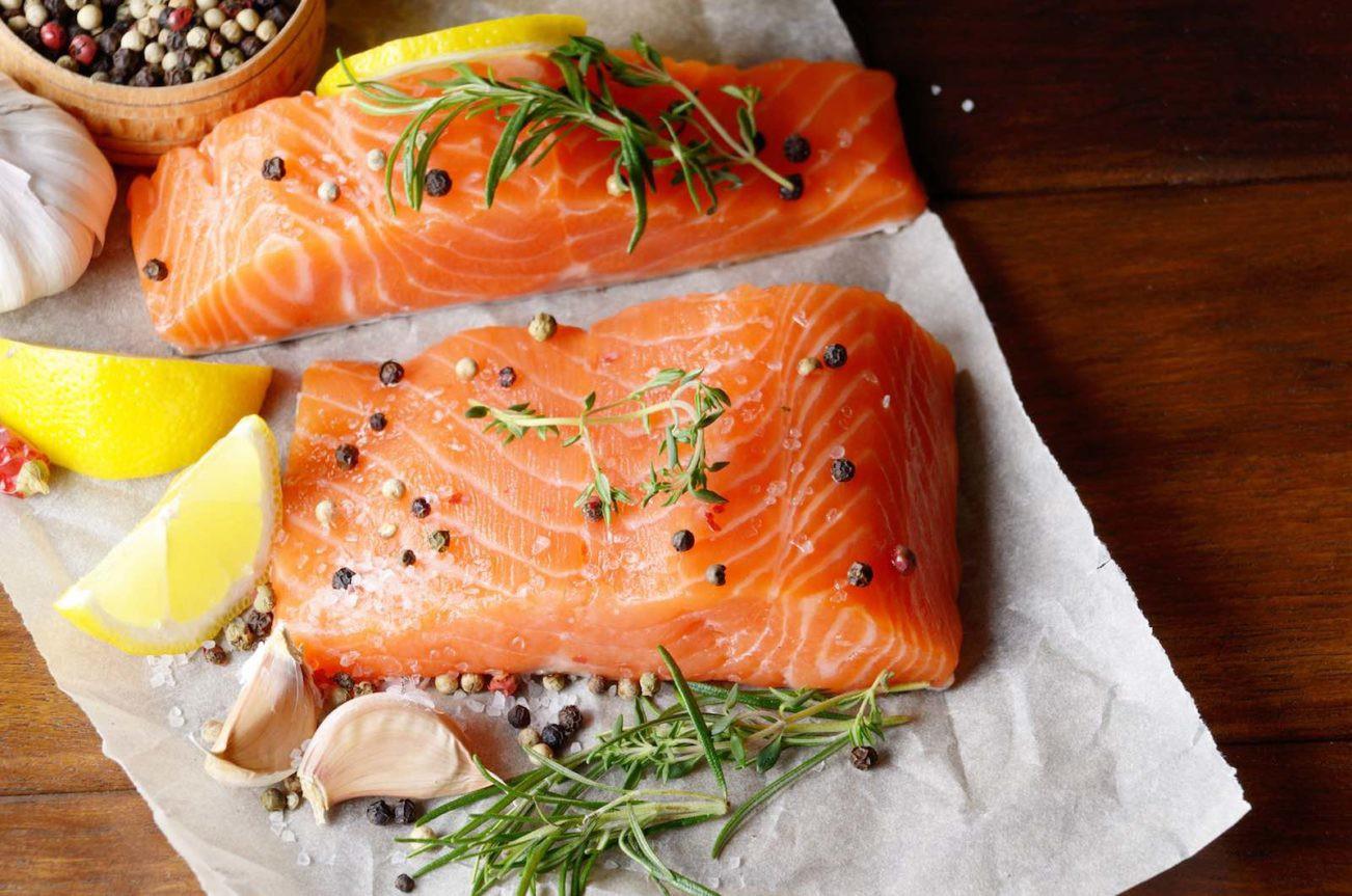 Tóc mỏng yếu sẽ dày khỏe nhanh chóng nếu bạn chăm ăn 7 loại thực phẩm này - Ảnh 5.