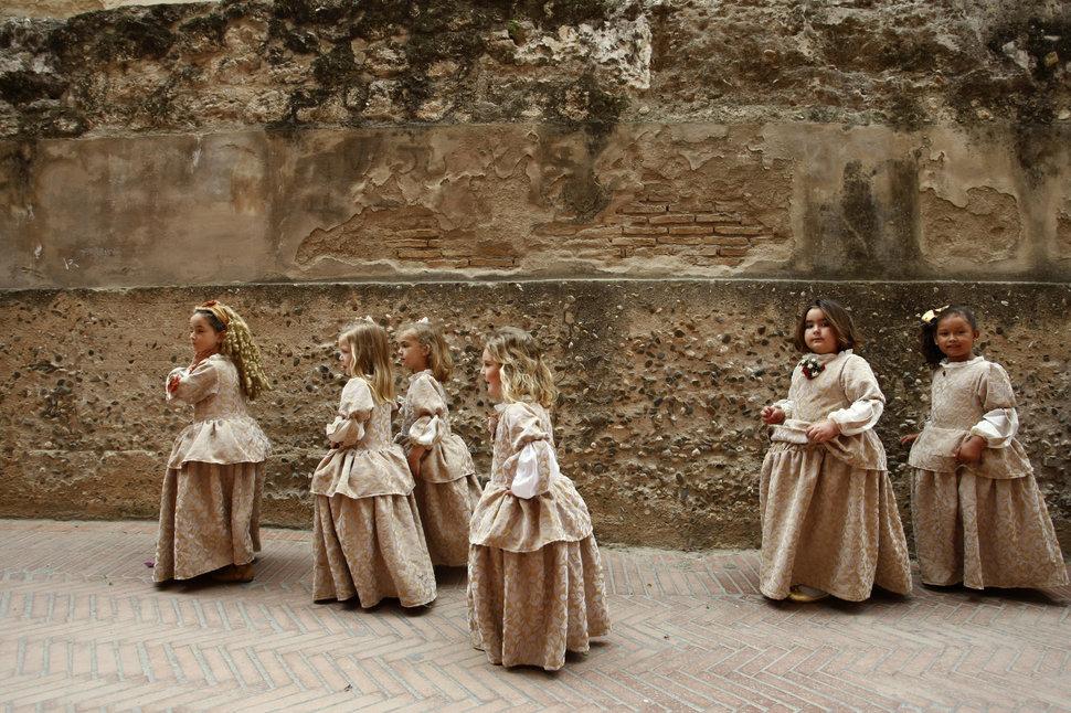Quốc tế con gái 11/10: Hành trình đến trường gian nan của những bé gái trên toàn thế giới - Ảnh 19.