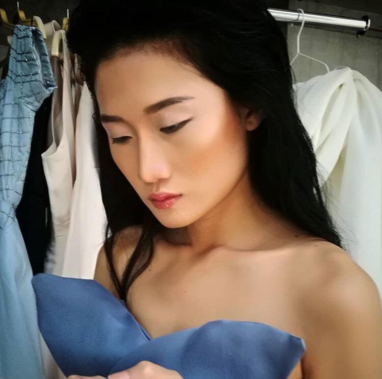 Tưởng theo chồng bỏ cuộc chơi, Kha Mỹ Vân vẫn âm thầm công phá Dubai Modest Fashion Week, nhận cát xê khủng - Ảnh 7.