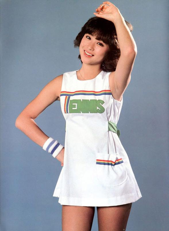 Hơn 30 năm trước tại Nhật đã xuất hiện mỹ nhân hội tụ vẻ đẹp của cả Sulli, Seolhyun và Park Bo Young - Ảnh 7.