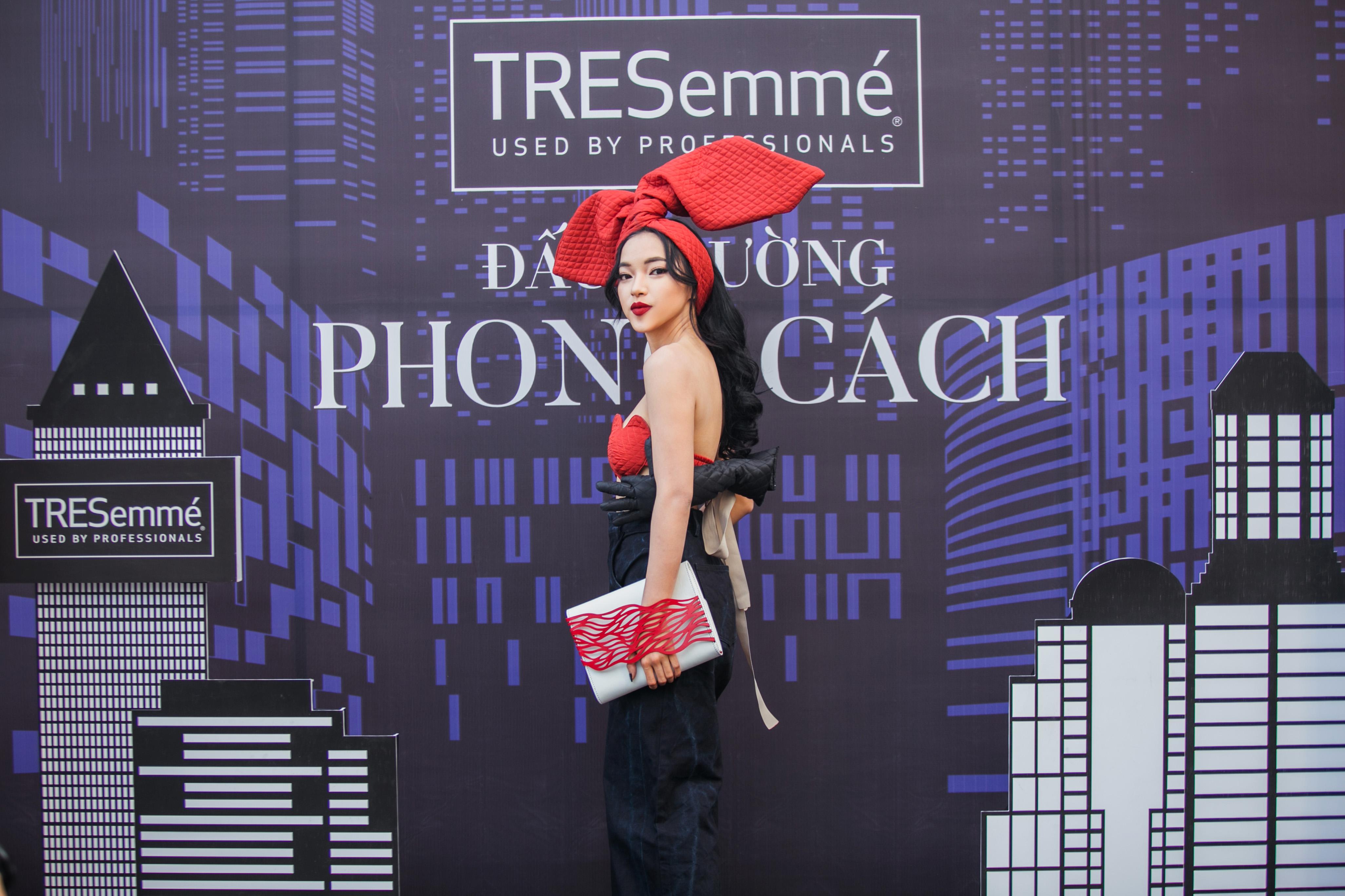 Quỳnh Anh Shyn già dặn, Châu Bùi chưa bao giờ lồng lộn đến thế trên thảm đỏ sự kiện thời trang - Ảnh 4.
