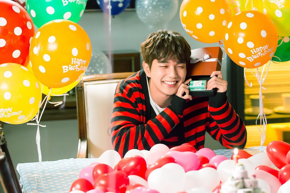 Yoo Seung Ho đã đẹp chết người, người yêu mới của anh còn xuất sắc hơn cả Kim So Hyun - Ảnh 11.