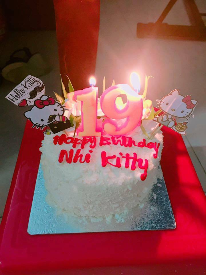 Chuyện tình chỉ có màu hồng theo nghĩa đen của cô nàng cuồng Hello Kitty - Ảnh 6.