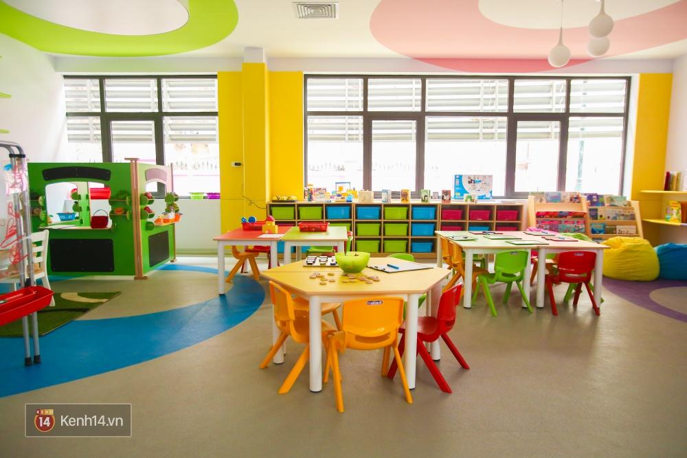 Du học tại chỗ ở Hà Nội tại ngôi trường mới toanh, sang xịn và toàn màu hồng! - Ảnh 10.