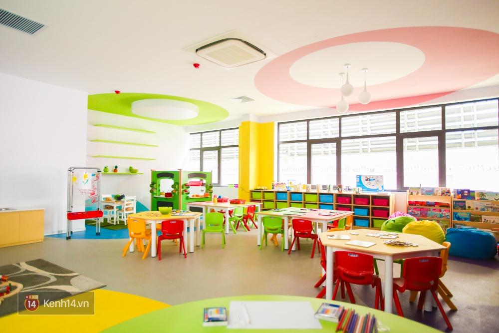Du học tại chỗ ở Hà Nội tại ngôi trường mới toanh, sang xịn và toàn màu hồng! - Ảnh 12.