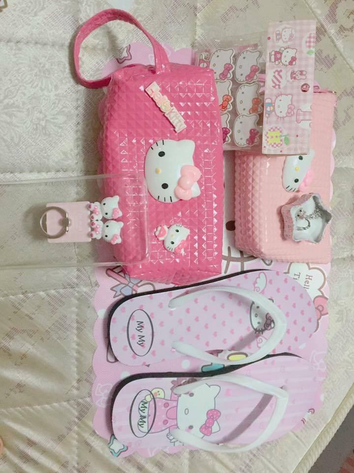Chuyện tình chỉ có màu hồng theo nghĩa đen của cô nàng cuồng Hello Kitty - Ảnh 9.