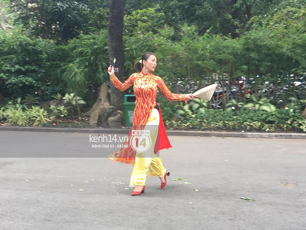 Amazing Race Trung Quốc tại Việt Nam: Vương Lệ Khôn - Trịnh Nguyên Sướng mặc áo dài, kiệt sức dưới trời nắng - Ảnh 6.