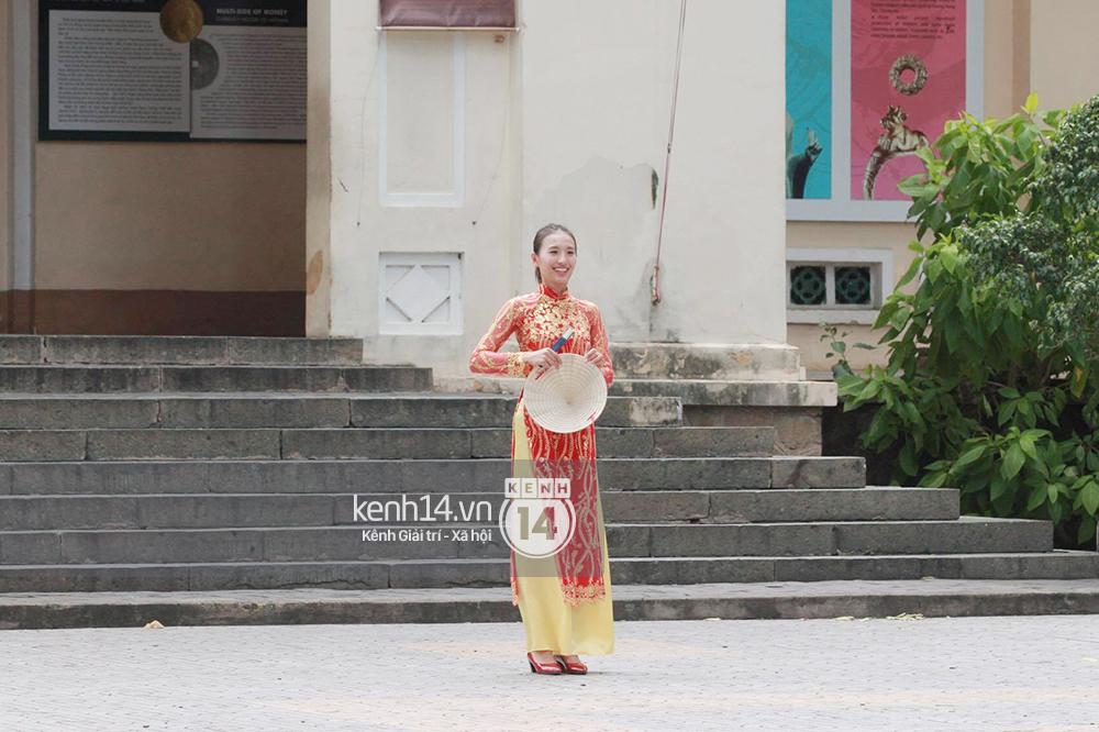 Amazing Race Trung Quốc tại Việt Nam: Vương Lệ Khôn - Trịnh Nguyên Sướng mặc áo dài, kiệt sức dưới trời nắng - Ảnh 7.