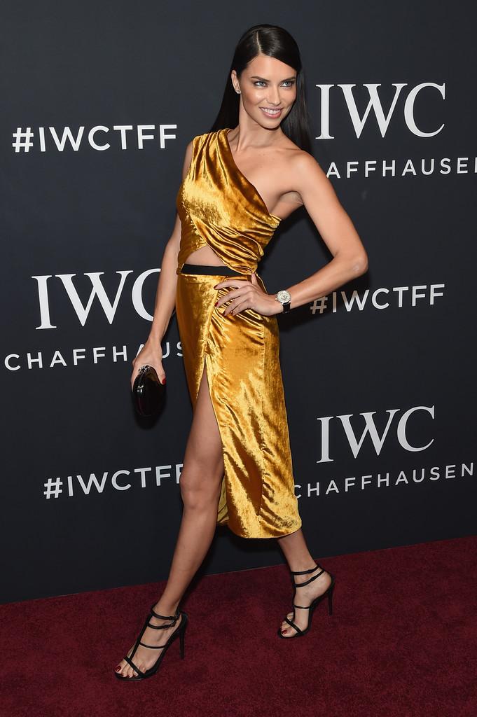 27 tuổi, Emma Watson đã lộ dấu hiệu lão hóa trên thảm đỏ LHP Tribeca - Ảnh 16.