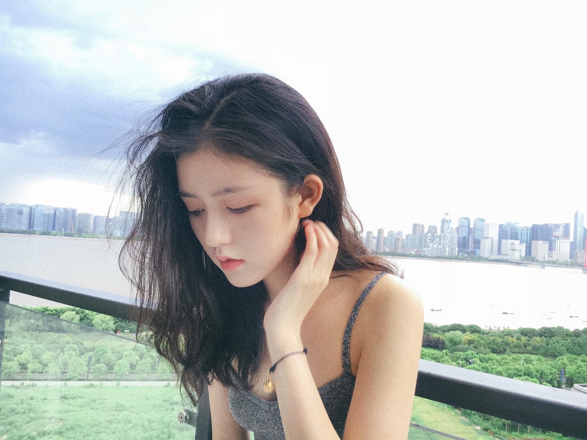 Quá xinh đẹp, cô bạn Trung Quốc khiến các chàng trai thi nhau nhận vơ là người yêu - Ảnh 13.