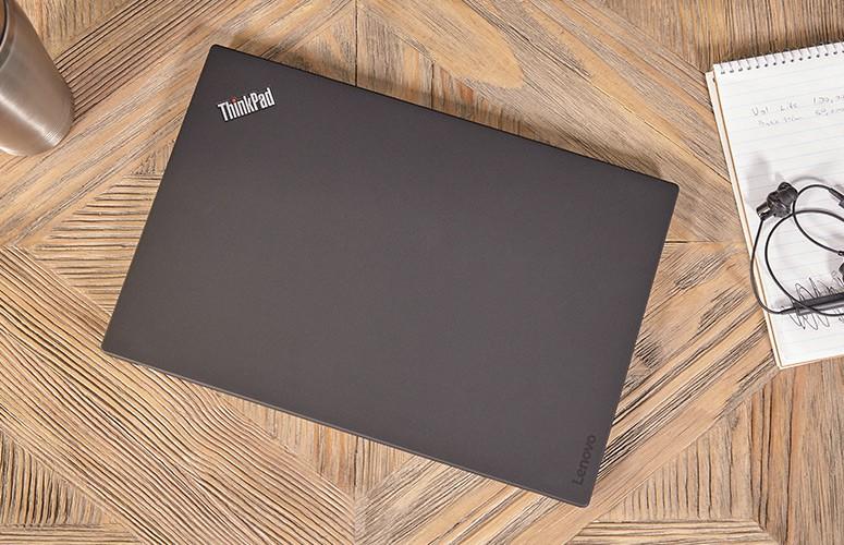 Đây là 10 laptop đáng dùng nhất năm 2017 cho những người lười sạc pin - Ảnh 2.