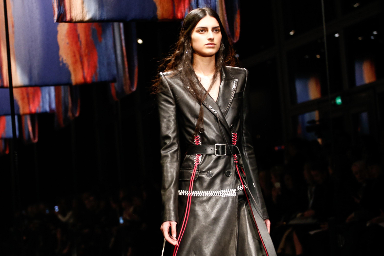 Dior không lọt top những BST xuất sắc nhất Tuần lễ thời trang Paris của Vogue - Ảnh 15.