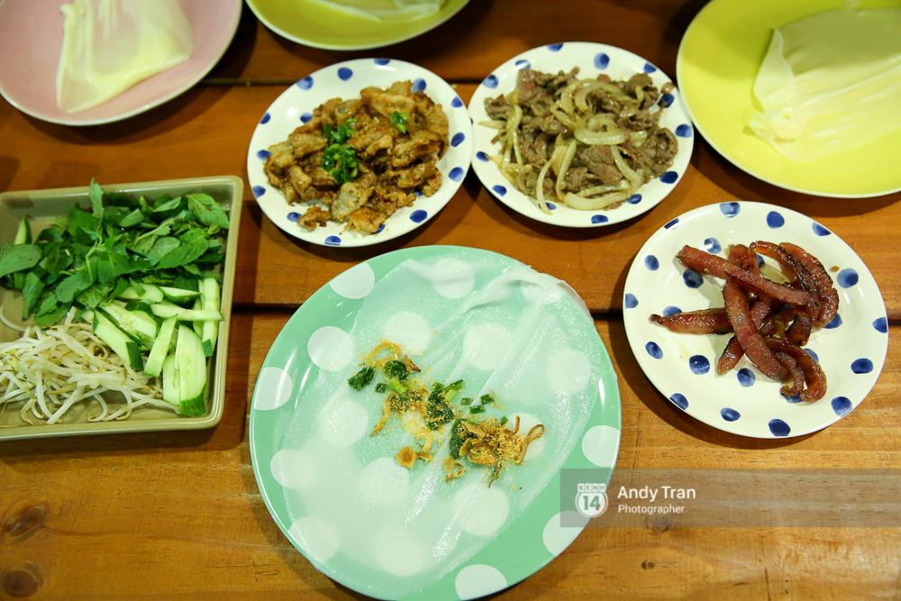 """3 quán bánh cuốn ngon """"nức nở"""" cho ngày mát trời tại Sài Gòn - Ảnh 7."""
