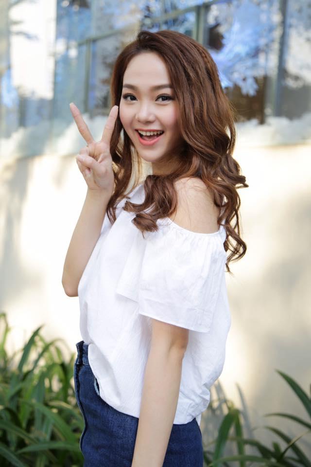 Minh Hằng (Lê Ngọc Minh Hằng), sinh năm 1987, là người mẫu, diễn viên, ca sĩ. Báo Trung nhận xét Minh Hằng có vẻ đẹp giống với diễn viên Hồ Hạnh Nhi