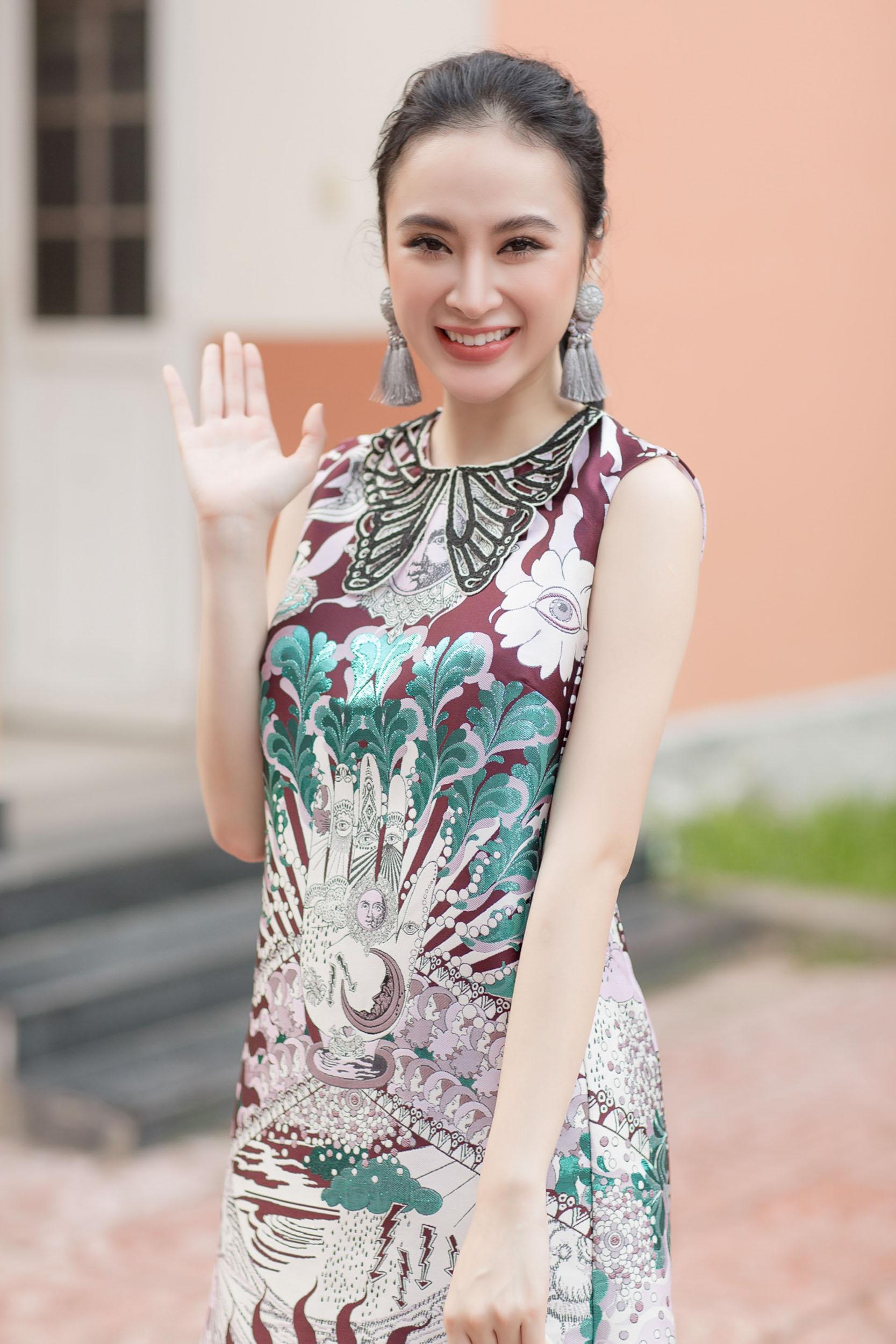 angela-phuong-trinhglee-22-1508858067614