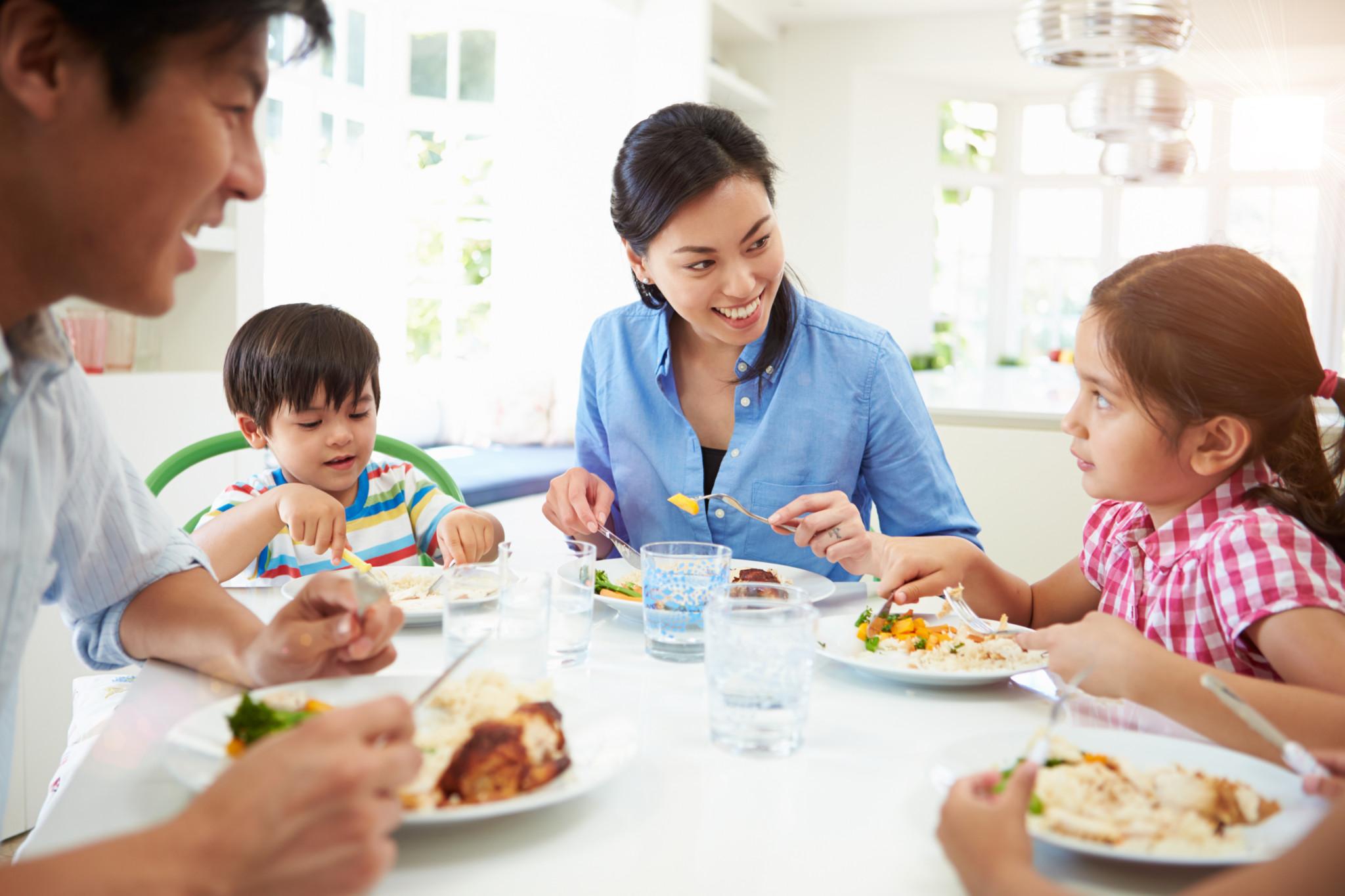 Những thói quen ăn uống tốt cho sức khỏe mà người trẻ nào cũng nên biết - Ảnh 3.