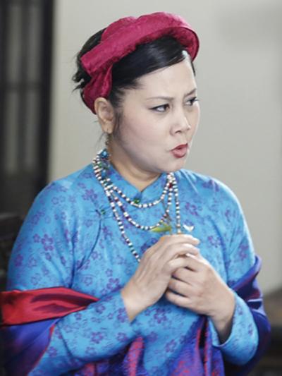 Trước Cô Ba Sài Gòn, không ít lần những tà áo truyền thống Việt Nam gây dấu ấn trên màn ảnh - Ảnh 7.