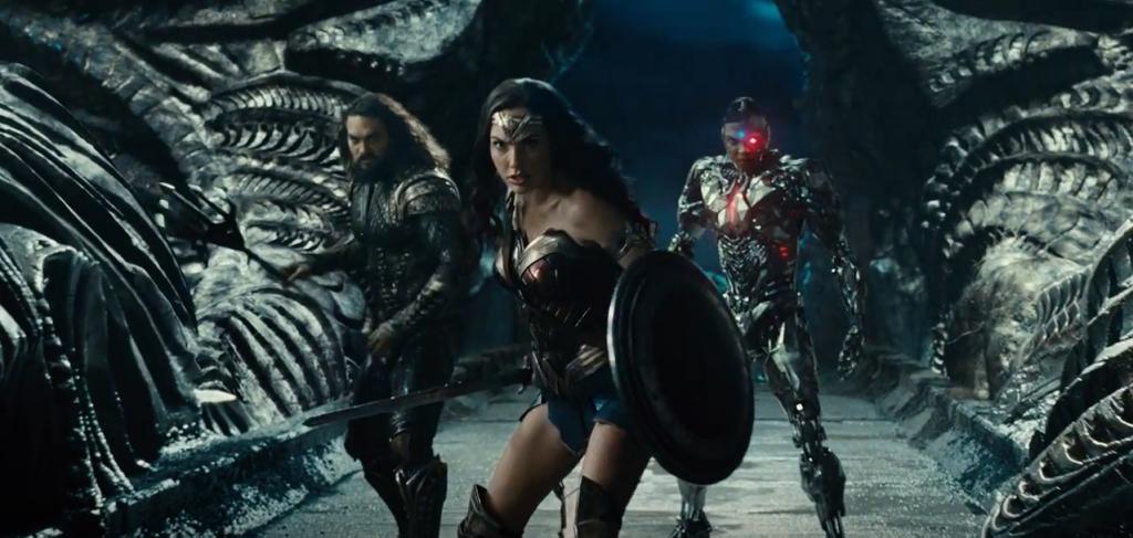 Justice League - Bom tấn mãn nhãn và thỏa mãn fan cuồng - Ảnh 1.