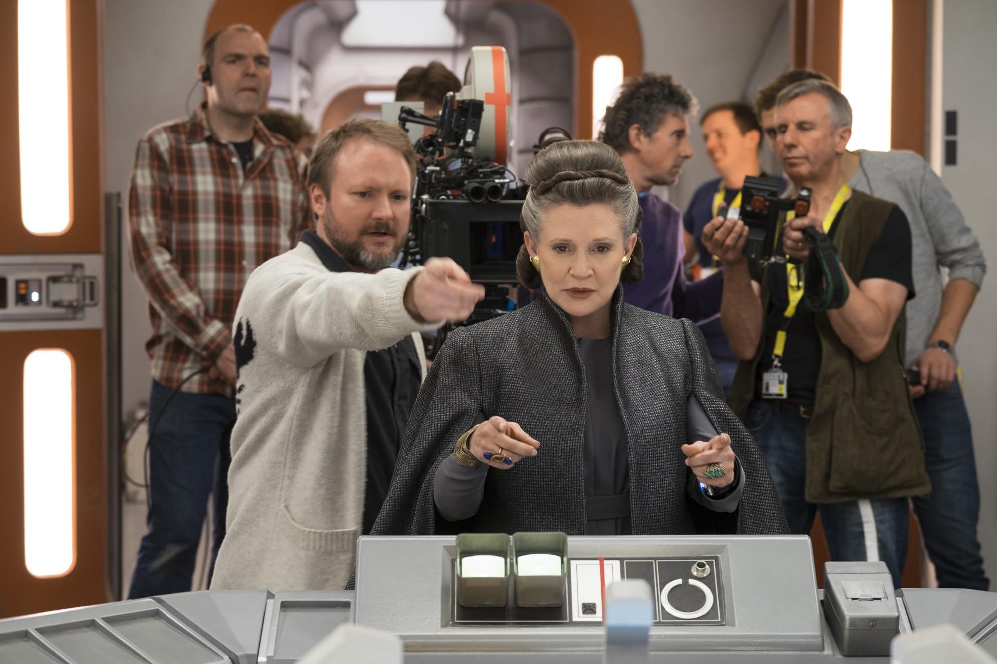 Star Wars: The Last Jedi - Vượt qua cái bóng của chính mình - Ảnh 6.