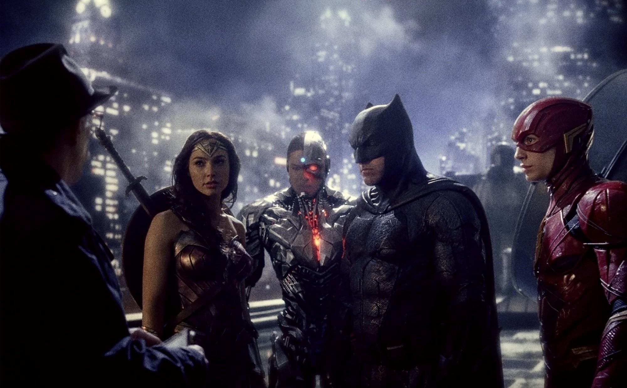 Justice League - Bom tấn mãn nhãn và thỏa mãn fan cuồng - Ảnh 8.