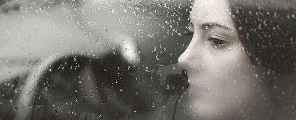 Số phận đau khổ của những người cả đời không cảm thấy sung sướng - Ảnh 1.