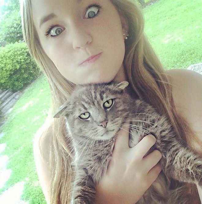 16 chú mèo ghét cay ghét đắng việc selfie cùng chủ nhân - Ảnh 5.