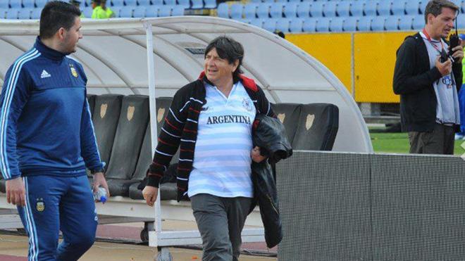TIẾT LỘ: Argentina mời phù thủy làm phép trước trận gặp Ecuador - Ảnh 1.