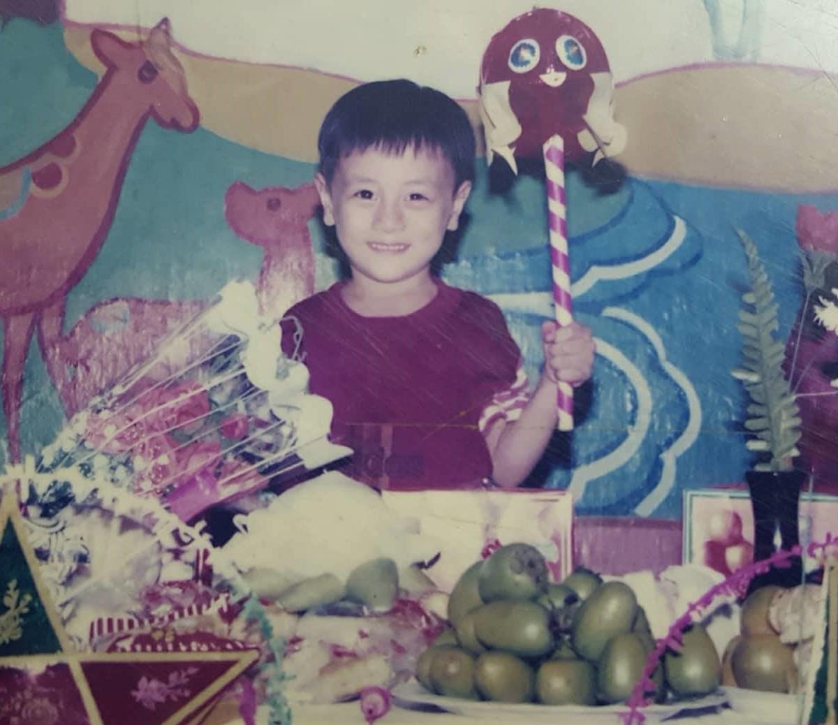 Còn nghi ngờ gì nữa, đây là tuổi thơ dữ dội mà các hot boy Việt chỉ muốn giữ cho riêng mình! - Ảnh 18.