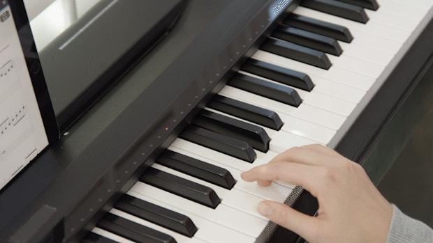 Biến việc chơi đàn thành chuyện nhỏ với thiết bị hỗ trợ thông minh cho Piano - Ảnh 2.