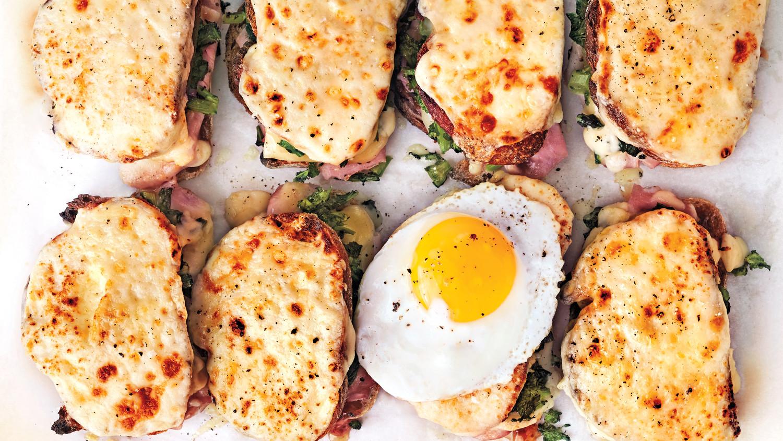 Mê ẩm thực Pháp mà không biết đến bánh mì 3 tầng Croque-monsieur lừng danh này thì thật thiếu sót - Ảnh 9.