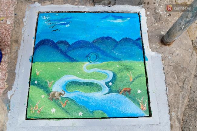 Nhìn những bức tranh trên nắp cống ở Sài Gòn đẹp như thế này, không ai nỡ xả rác nữa! - Ảnh 11.