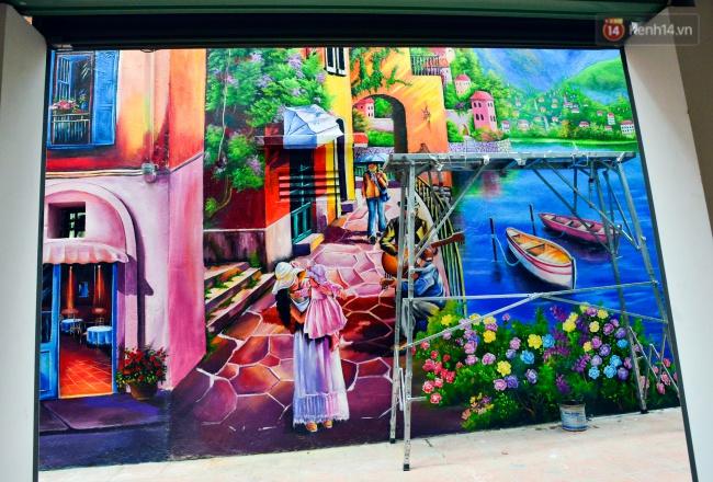 Ngắm bức tranh tường 3D phong cảnh góc phố Venice đầy màu sắc trong ngõ nhỏ Hà Nội - Ảnh 2.