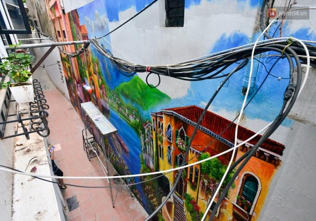 Ngắm bức tranh tường 3D phong cảnh góc phố Venice đầy màu sắc trong ngõ nhỏ Hà Nội - Ảnh 5.