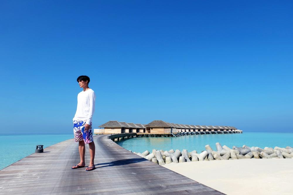 Quang Hùng – Quỳnh Châu khoe ảnh khóa môi hạnh phúc tại thiên đường Maldives - Ảnh 3.