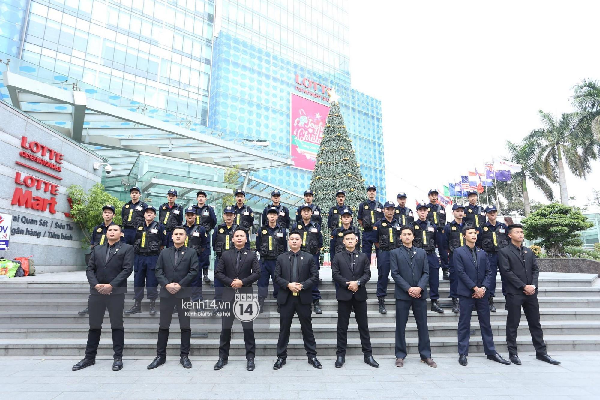 Mỹ nam Taeyong tiết lộ muốn ở lại Việt Nam, NCT 127 đồng loạt tỏ tình Anh yêu em với fan tại họp báo ở Hà Nội - Ảnh 32.