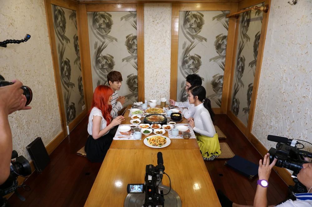 Đông Nhi, Ông Cao Thắng cùng học trò sang Hàn ghi hình dự án mới cùng công ty quản lý của MAMAMOO - Ảnh 2.