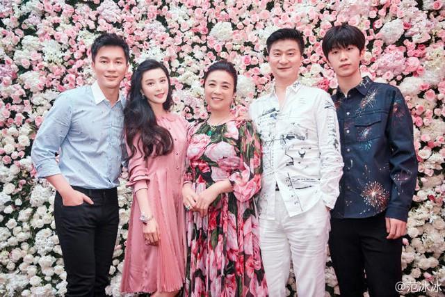 Em trai Phạm Băng Băng lột xác hóa