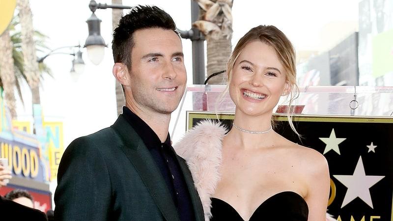 Vừa sinh năm ngoái, vợ Adam Levine giờ đã thông báo có thai em bé thứ 2 - Ảnh 2.