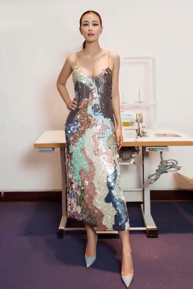 Và đây chính là 8 bộ cánh đã thống trị Vietnam International Fashion Week mùa này - Ảnh 7.