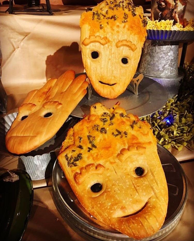 Cận cảnh chiếc bánh mì Groot đang làm mưa làm gió khắp các mạng xã hội và các fan của siêu anh hùng này - Ảnh 3.