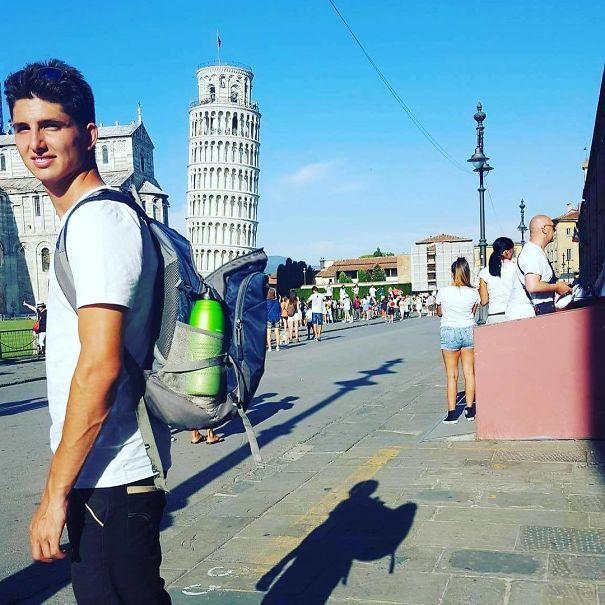 16 kiểu chụp ảnh sống ảo sáng tạo với tháp nghiêng Pisa - Ảnh 1.