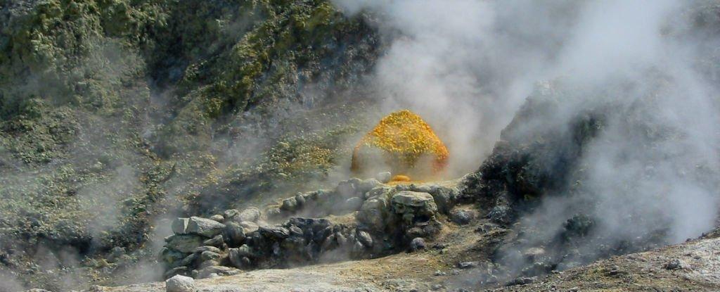 Siêu núi lửa nguy hiểm nhất Trái đất có thể nổ sớm hơn dự định - Ảnh 1.