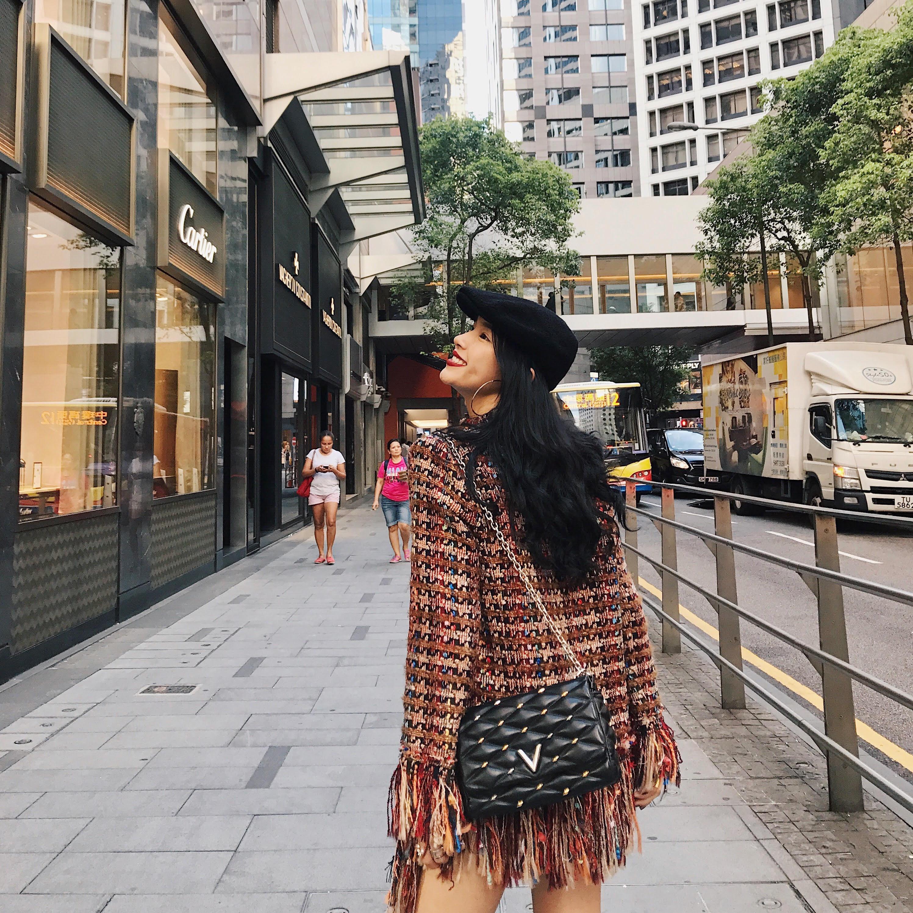 Không mời sao Việt nào, nhưng Louis Vuitton lại mời Châu Bùi tham dự sự kiện ra mắt BST Cruise 2018 tại Hong Kong - Ảnh 1.