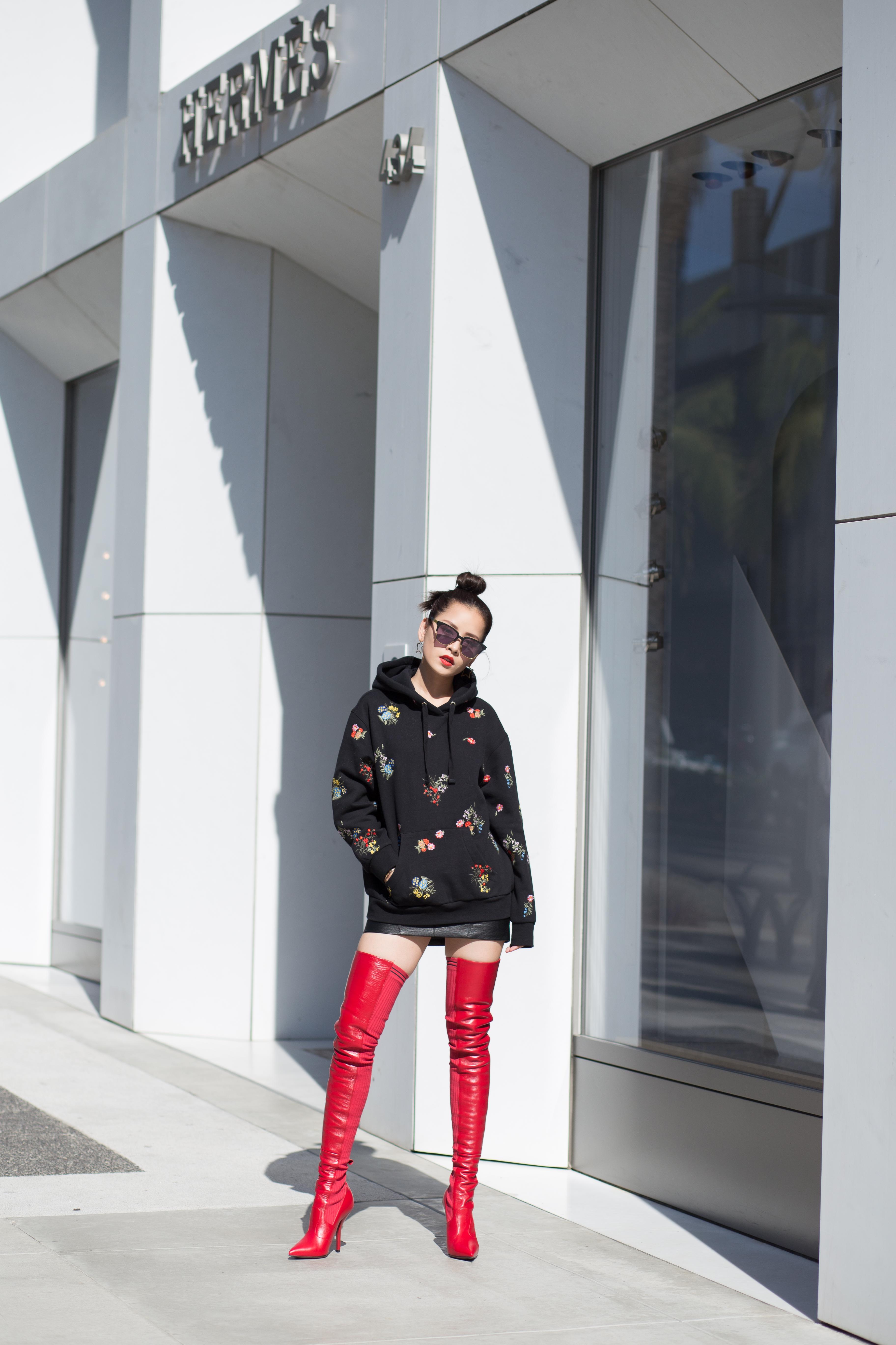 Hóa ra đây là lý do mà đến tận hôm nay, công chúng mới được thấy Chi Pu mặc ERDEM x H&M - Ảnh 4.