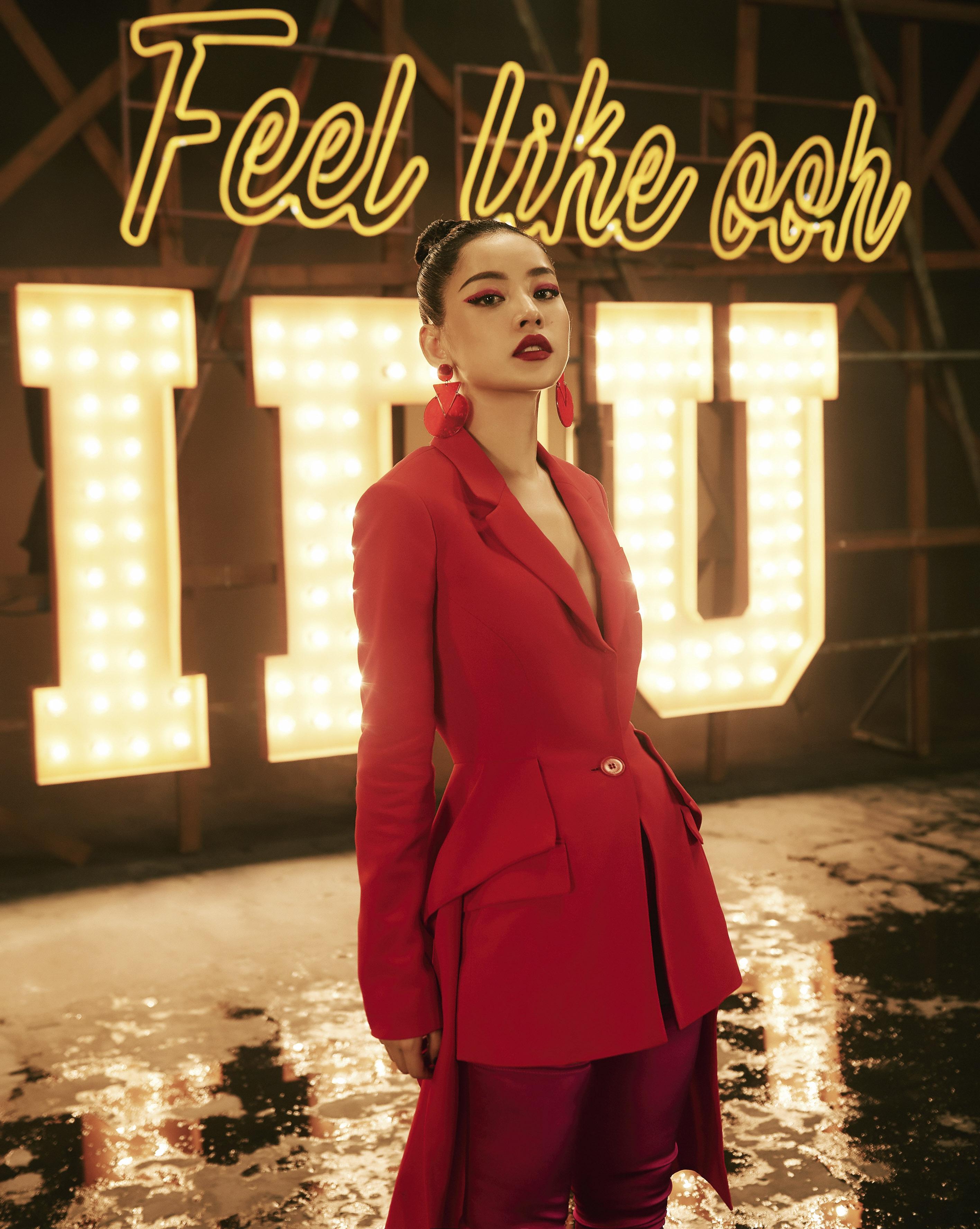 """MV """"Từ Hôm Nay"""" (Feel Like Ooh) - phát pháo đầu tiên cho vai trò ca sĩ của Chi Pu đã chính thức trình làng! - Ảnh 5."""
