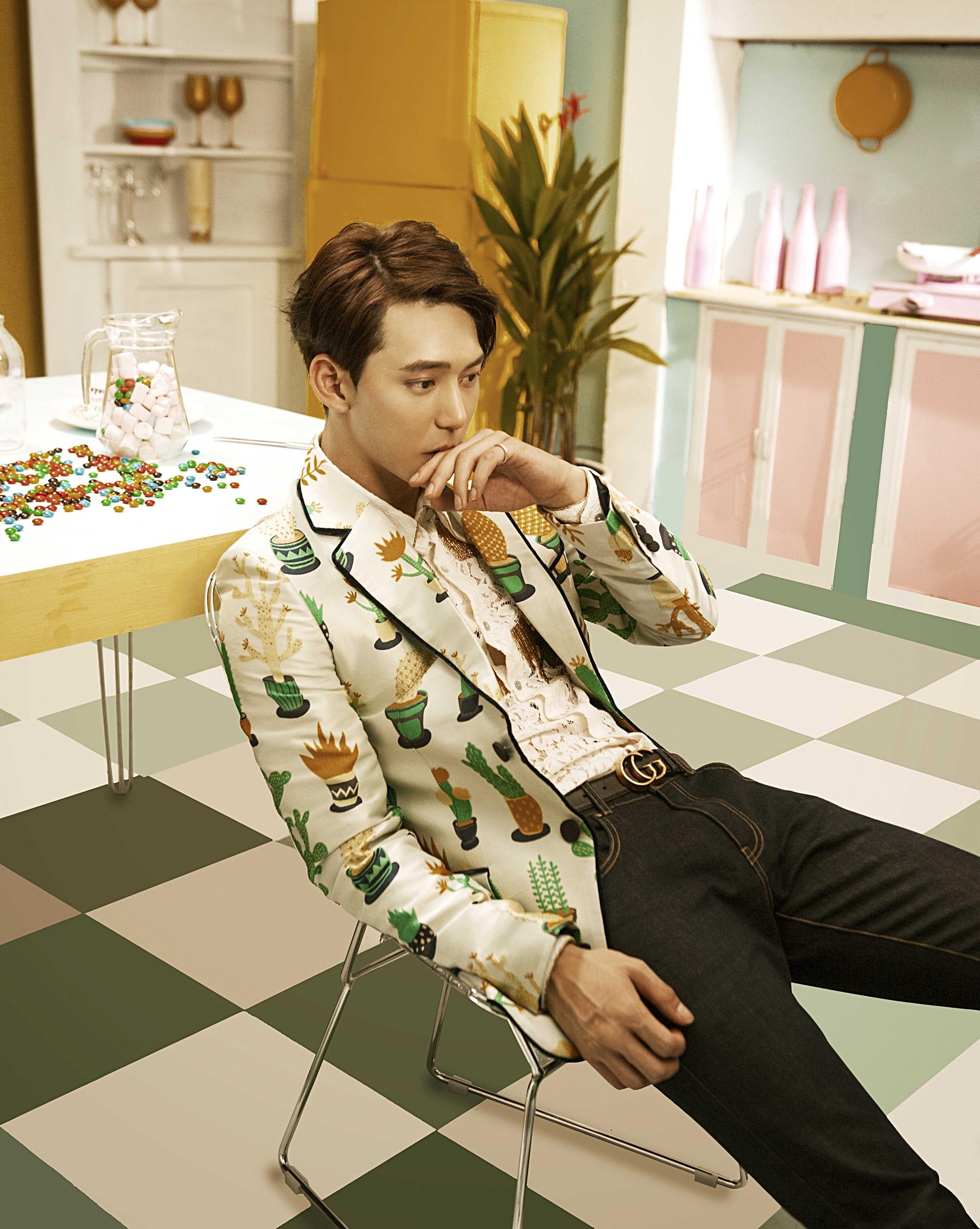 Sau MV chào sân nhiều tranh cãi, Chi Pu phát hành MV debut đậm màu Kpop cùng bạn diễn điển trai xứ Hàn - Ảnh 10.