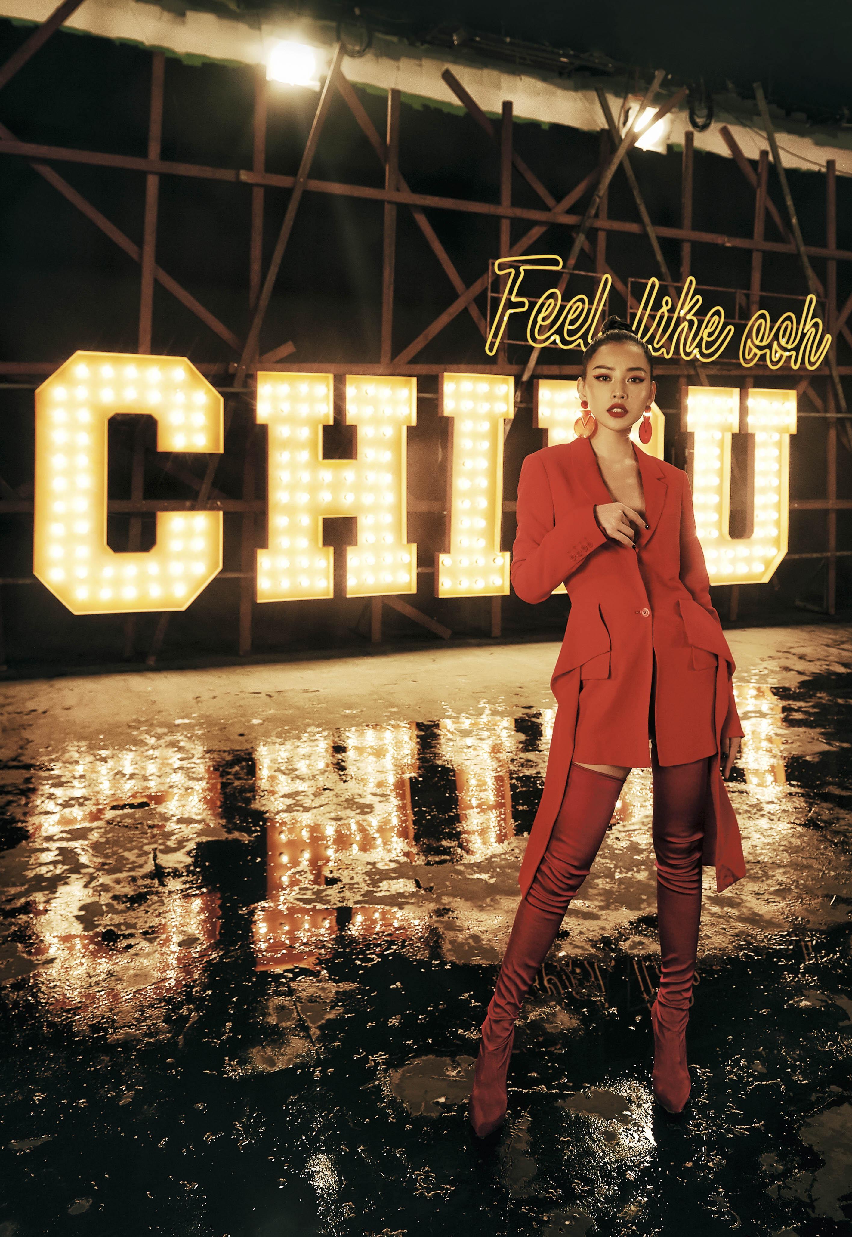 """MV """"Từ Hôm Nay"""" (Feel Like Ooh) - phát pháo đầu tiên cho vai trò ca sĩ của Chi Pu đã chính thức trình làng! - Ảnh 7."""